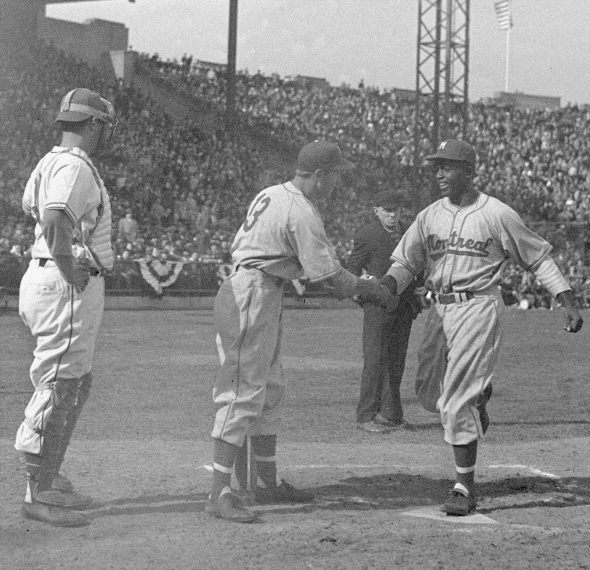 George Shuba Teammate Who Shook Jackie Robinson S Hand On The Fields At 89
