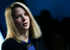 Yahoo Inc Chief Executive Marissa Mayer attends the annual meeting of the World Economic Forum (WEF) in Davos in this January 25, 2013, file photo.  REUTERS/Pascal Lauener