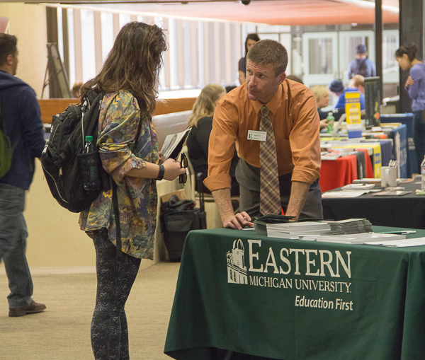 WCC student talks with EMU recruiter