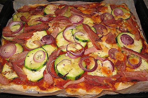 ZucchiniPancettaPizza2.jpg