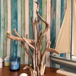 Treibholzbündel als Schmuckständer
