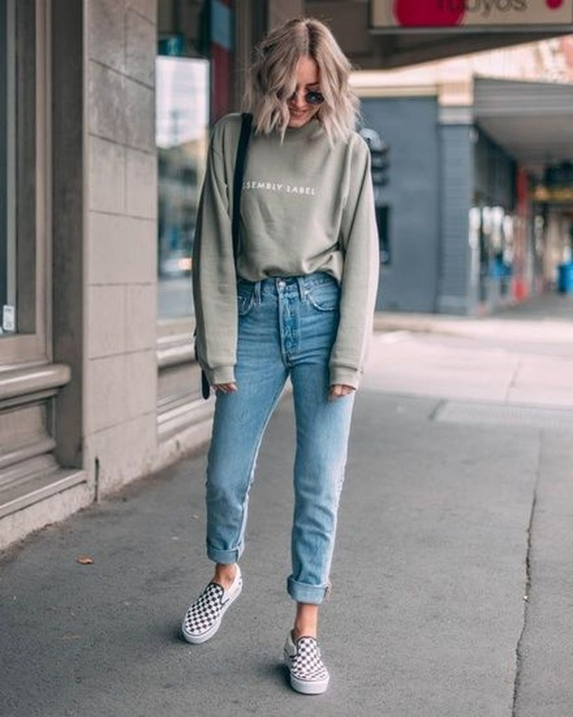 Spring outfit with combination green sweater and jeans and shoes vans