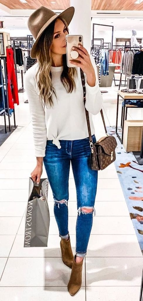 Spring outfit with white sweater and hats