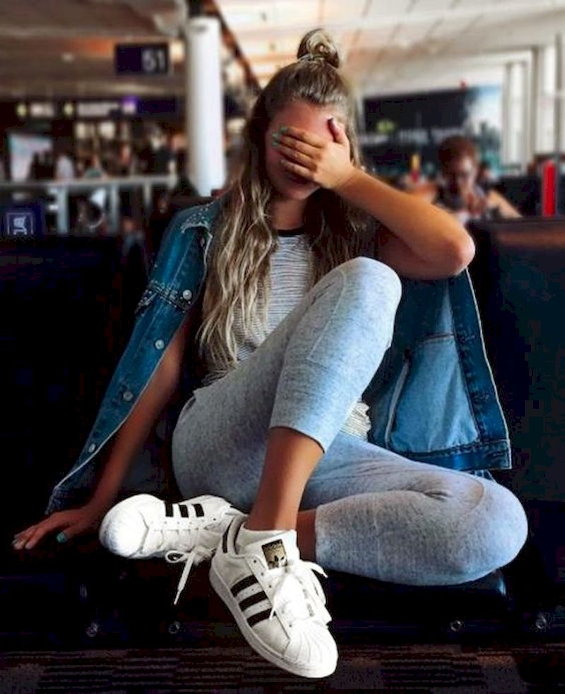 Sporty outfits for school with shirt denim and white shoes