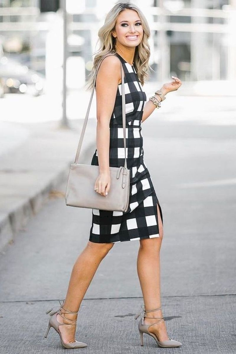 Casual spring outfits with plaid dress