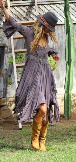 35 Adorable Bohemian Fashion Styles For Spring Summer (2)