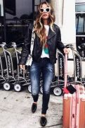 51 Fall Travel Outfit Ideas For You Who Always On The Go (10)