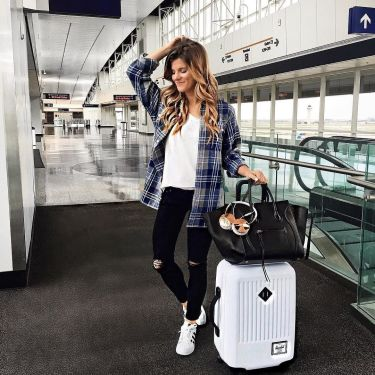 51 Fall Travel Outfit Ideas For You Who Always On The Go (29)
