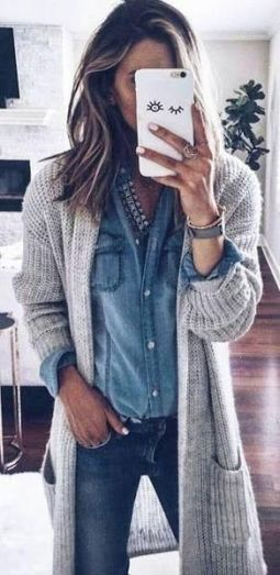 51 Fall Travel Outfit Ideas For You Who Always On The Go (37)