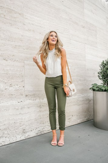 51 Good Inspiration Casual Outfits for Beautiful Women (33)