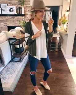 Trending-Spring-Women-Outfits-Ideas-201 (13)