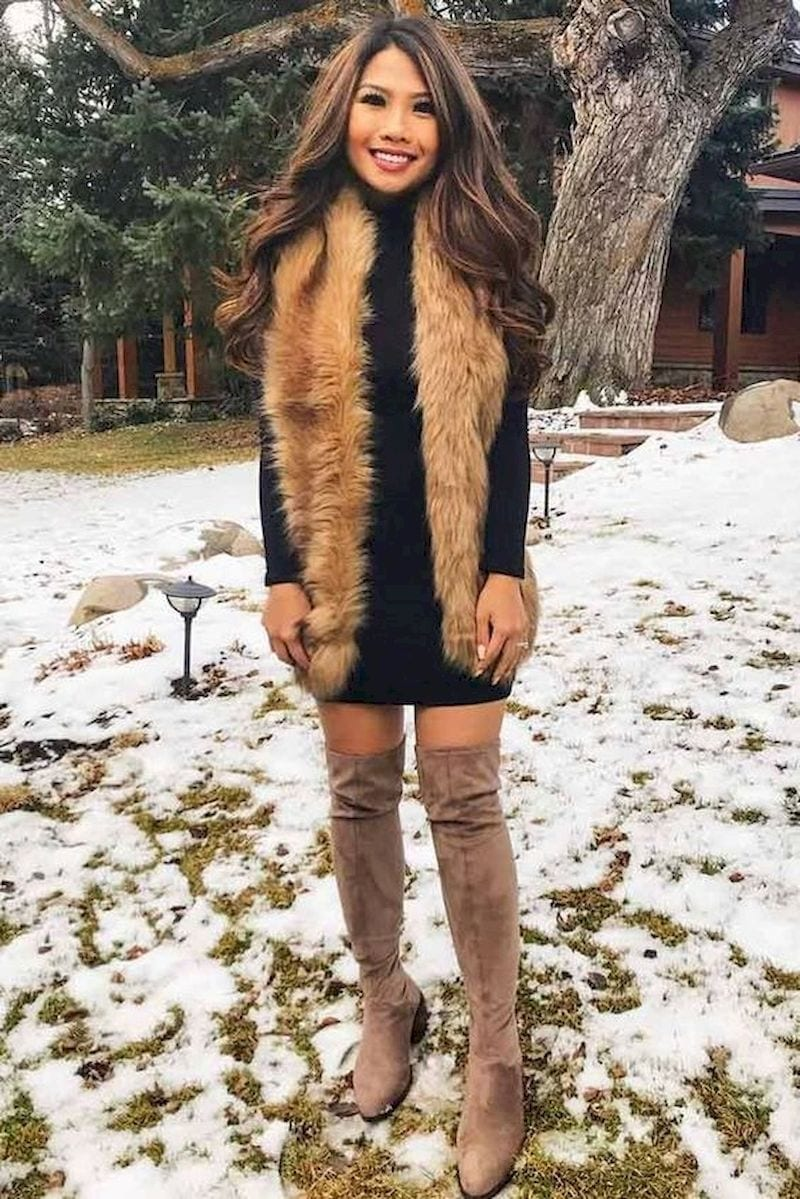 Spring outfit with black dress and boots