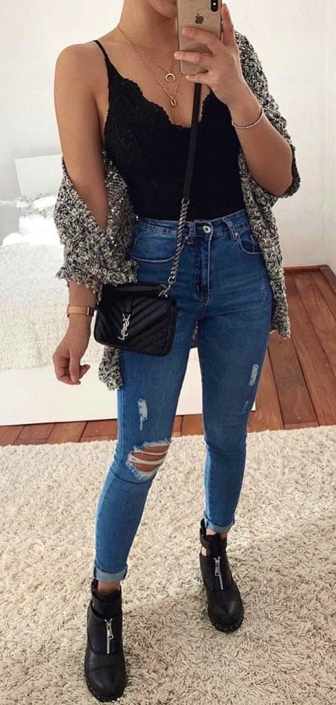 25+ Brilliant Summer Outfits To Copy ASAP - distressed blue denim pants #summer #outfits #summeroutfits #summerfashion #summerstyle
