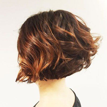 Bob Hairtyles Layered Wavy