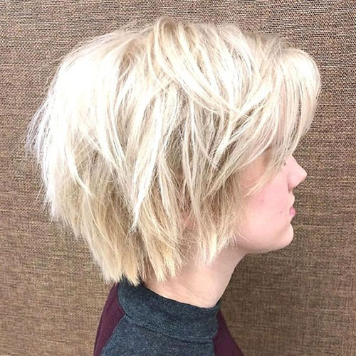 Short Blonde Messy Bob