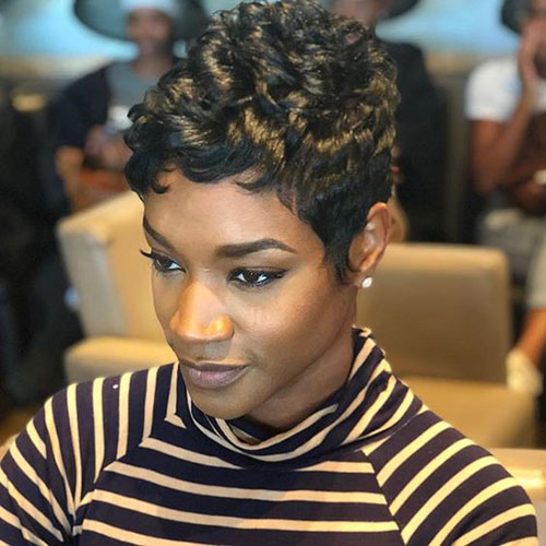 Short Hair Cuts on Black Women-20