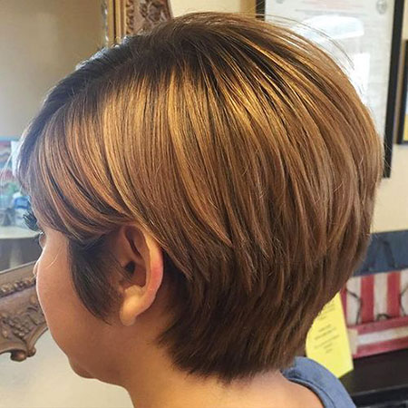 Caramel Layered Bob Blonde