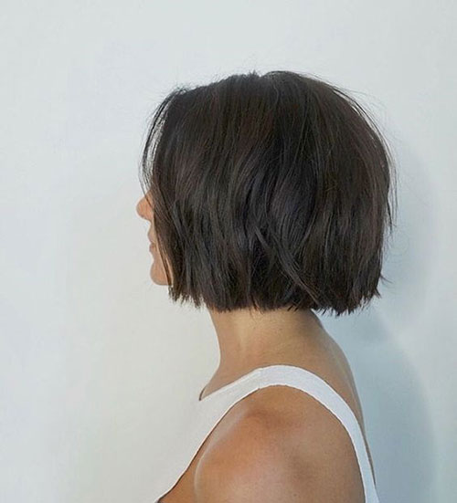 Short Bob Haircuts for Women with Thick Hair-10