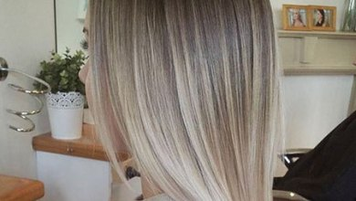 Blonde Balayage Woman Trend