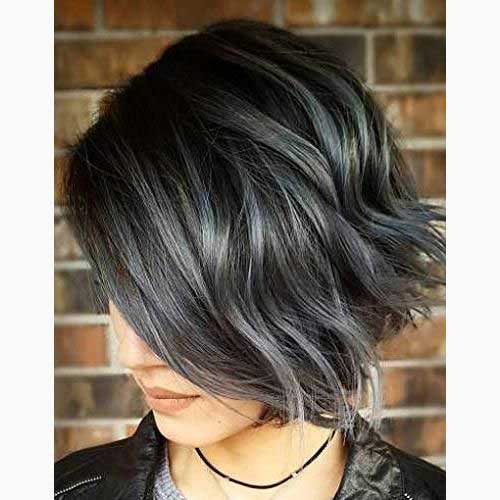 Short Haircuts for Women with Thick Hair -13