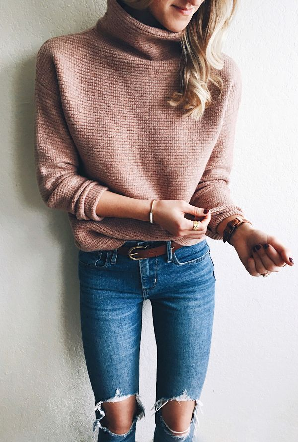 #fall #outfits / Peach Knitted Cardigan