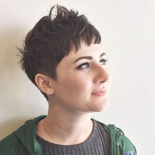 Choppy Short Pixie Cuts for Round Faces-8