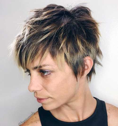 Short Shaggy Layer Cut-10
