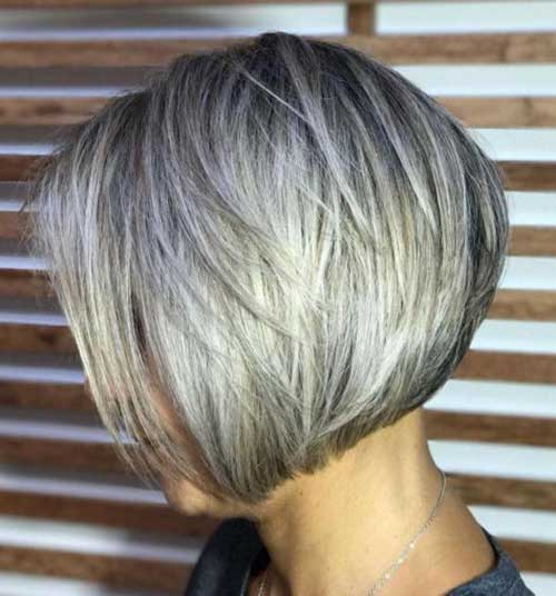 Short Haircuts for Women with Thick Hair -12