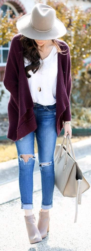 #fall #outfits / Burgundy Cardigan - Beige Hat
