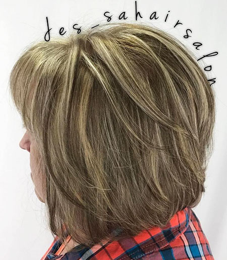 Bob Layered Blonde Balayage