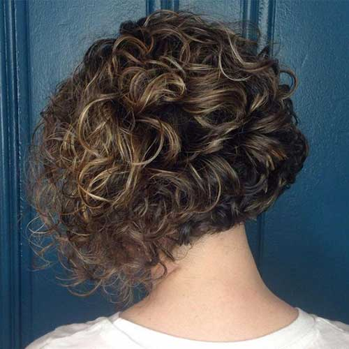 Short Haircuts for Women with Thick Hair -14