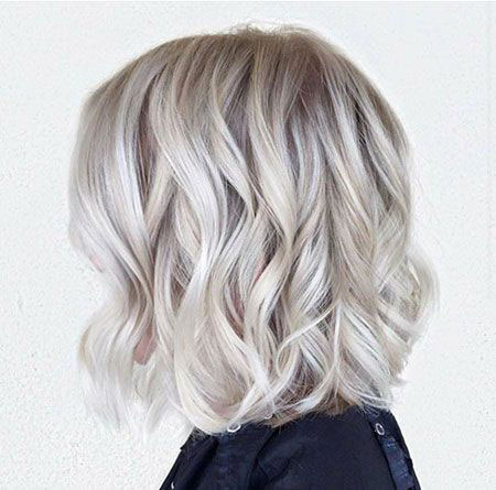 Blonde Short Hair Wavy