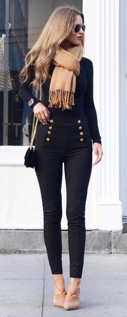 #fall #outfits / All Black - Beige Scarf