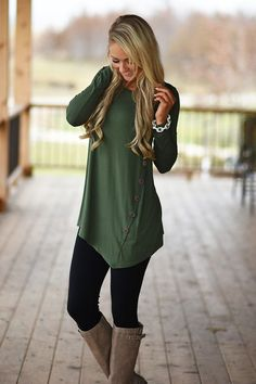 #fall #outfits / Green Tunic - Black Leggins