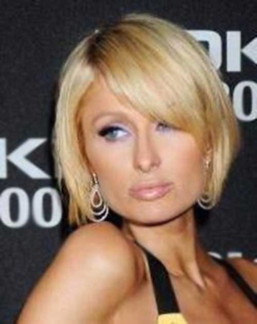 Round Face with Straight Short Blonde Hairstyles