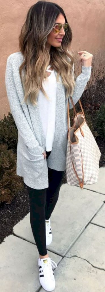 #fall #outfits / White Smoke Cardigan - Skinny Jeans