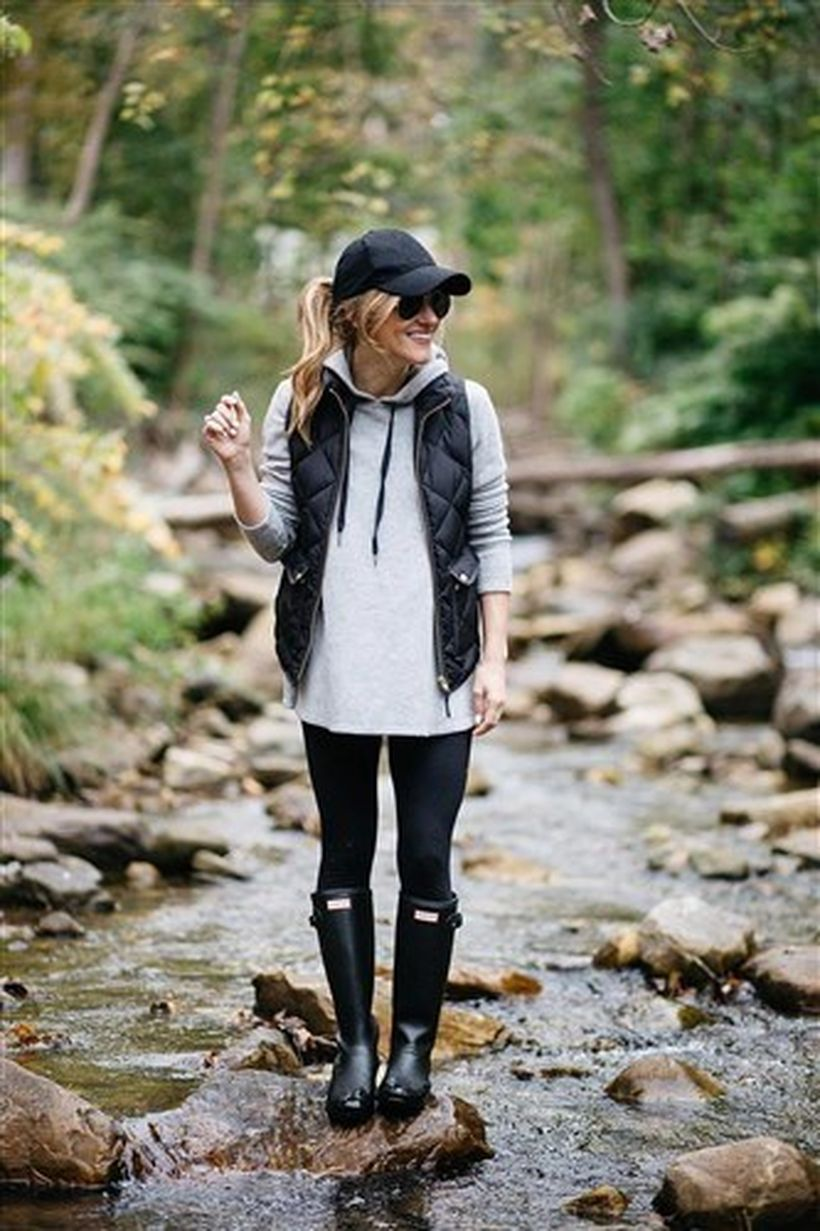 All-in-black-leather-boot-and-legging