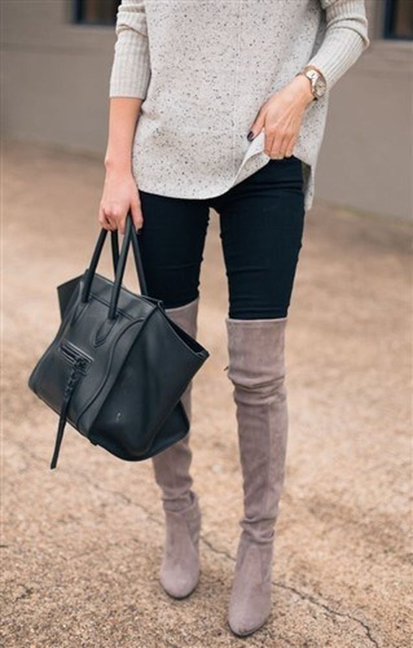 Light-grey-knee-high-boot-and-black-legging