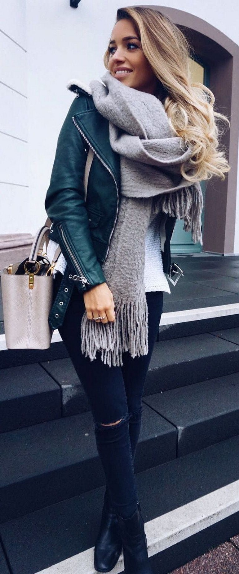 31+ trendy winter outfit ideas that women have to know 36