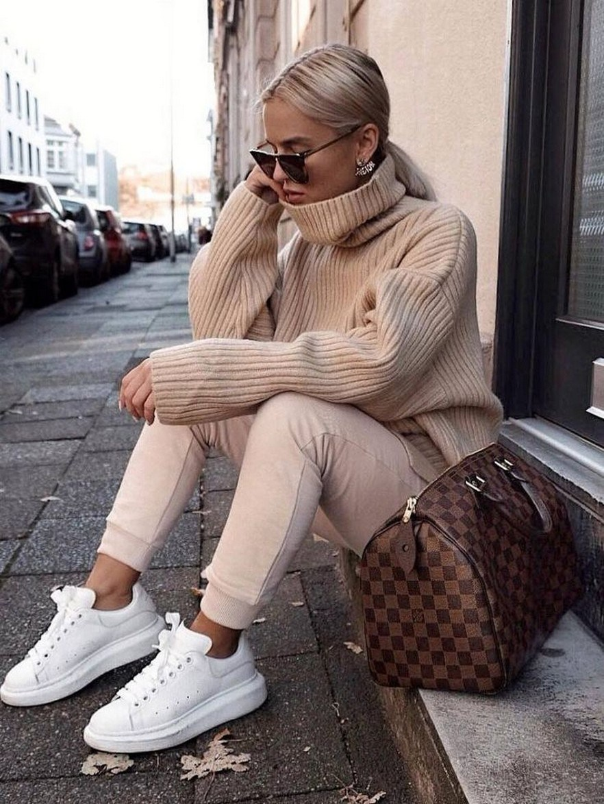 31+ trendy winter outfit ideas that women have to know 2