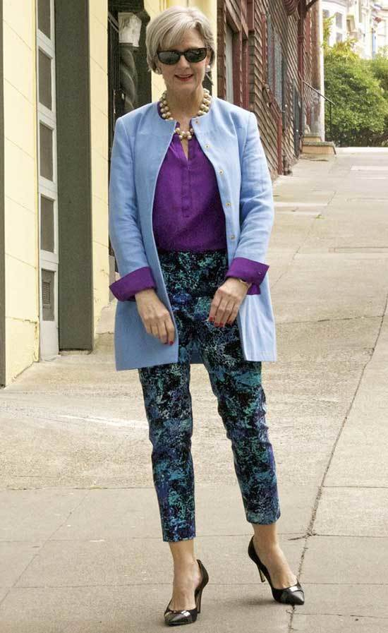 Elegant Outfits for Women Over 50