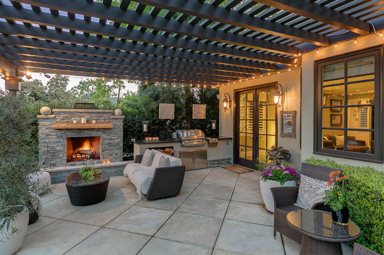 Stylish Deck And Patio Decorating Ideas To Add Elegance To ... on Add On Patio Ideas  id=89579