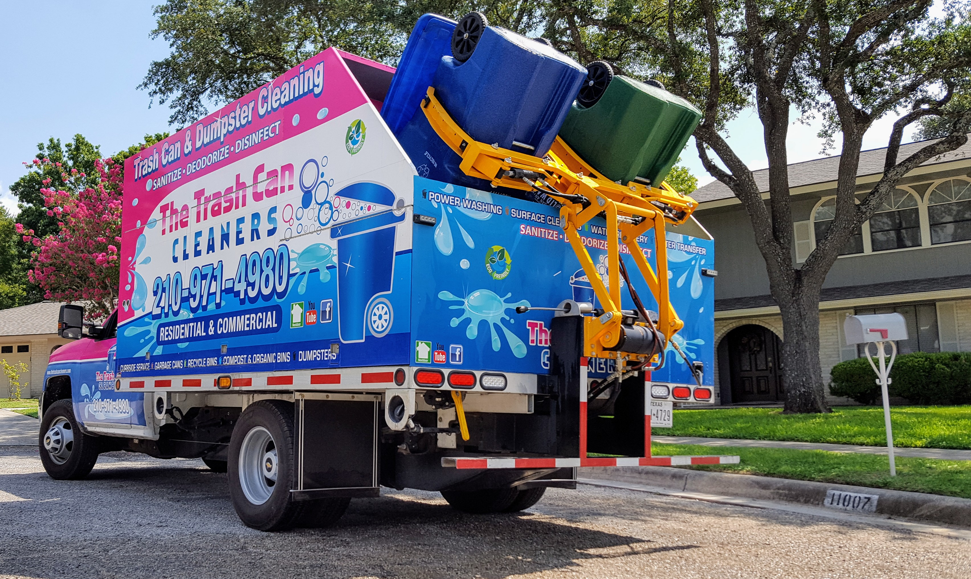 A Mobile Trash Can Cleaning Service Has Hit San Antonios