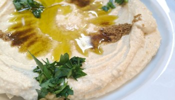 Verse hummus bij Marres Kitchen in Maastricht