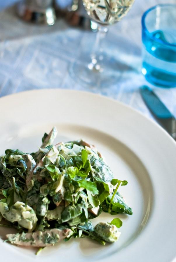 Salade met gerookte kip, dragon en waterkers