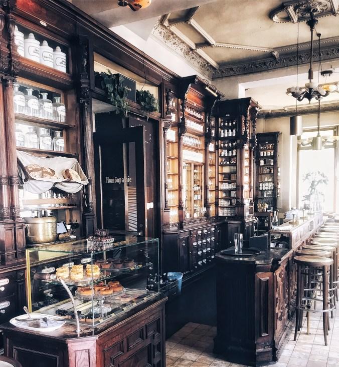 Ora: ooit apotheek, nu brasserie