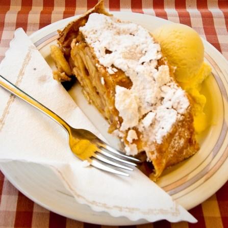 Wat aten zij - Dolomiti 06 - Strudel