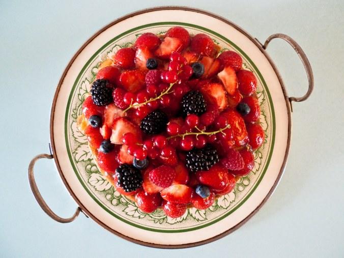 Taart met rood fruit
