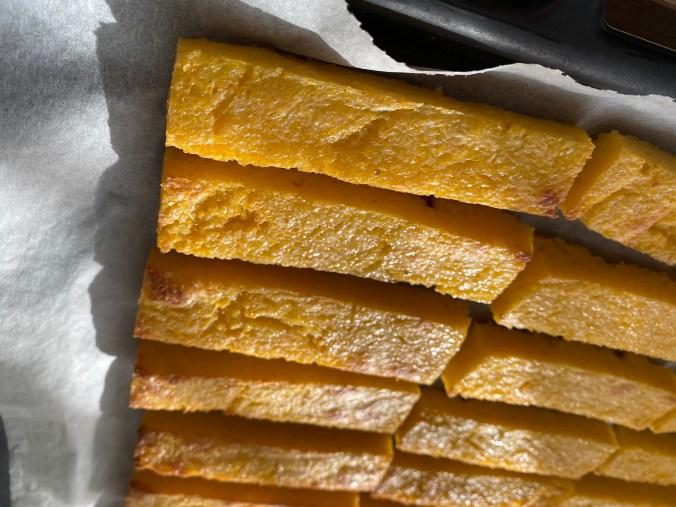 In de oven gebakken polenta