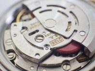 時計修理技術者コラムVol.30 リューズの操作不良、カレンダー不良について~ロレックスCal.2135編~
